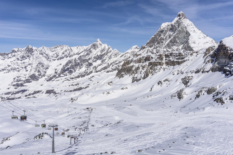 "Cervinia_ski_resort_Italy_CREDIT_iStock.jpg ""width ="" 1500 ""height ="" 998"
