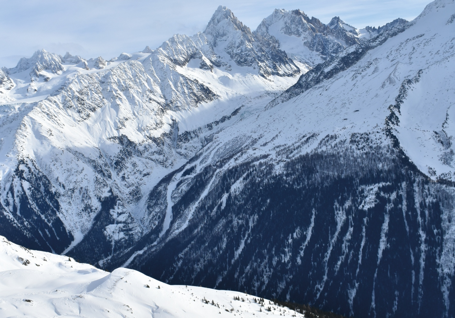 Incredible_mountain_scenenry_Chamonix_France_CREDIT_Mike_Walker.jpg