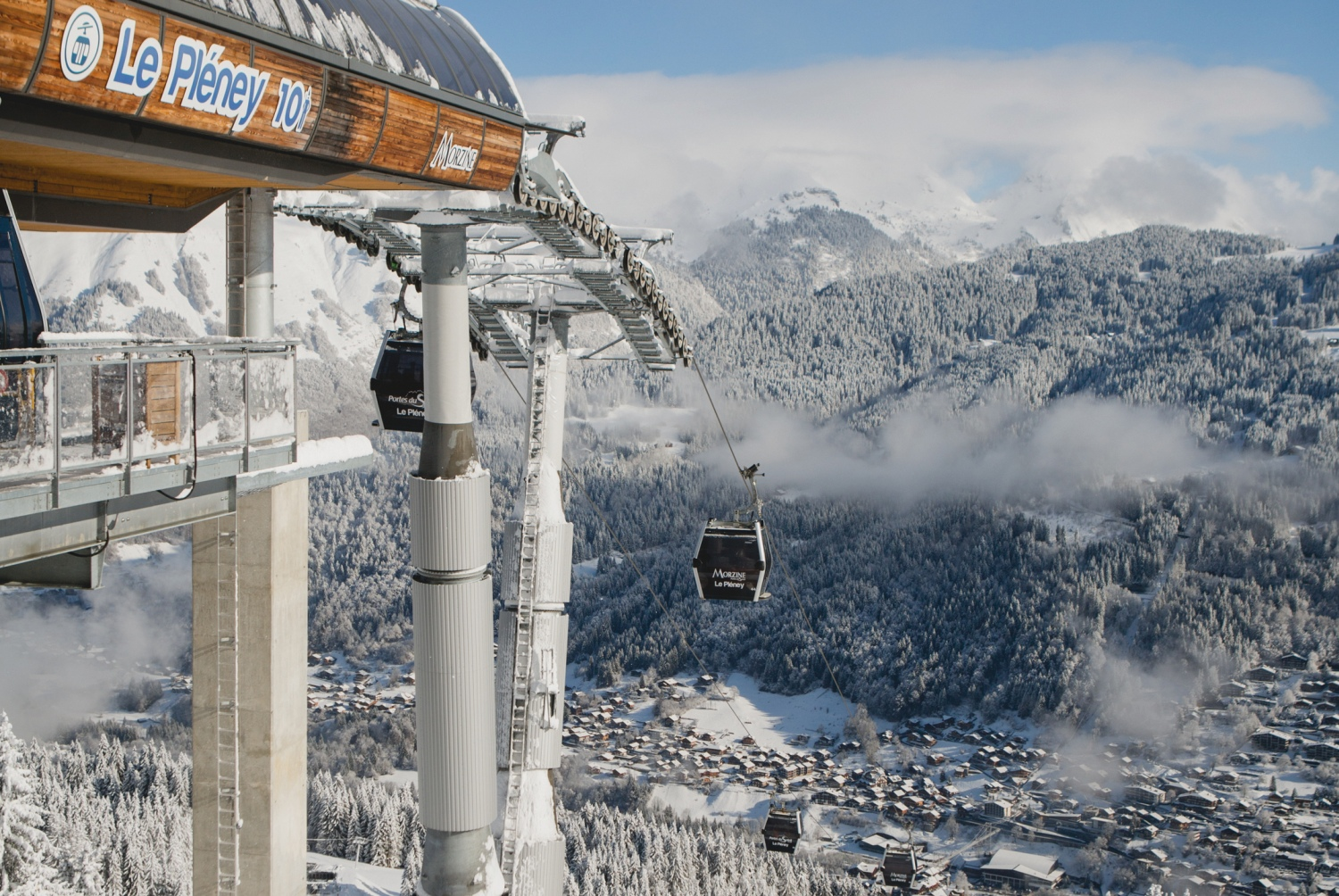 Lifts_in_Morzine_France_CREDIT_iStock.jpg
