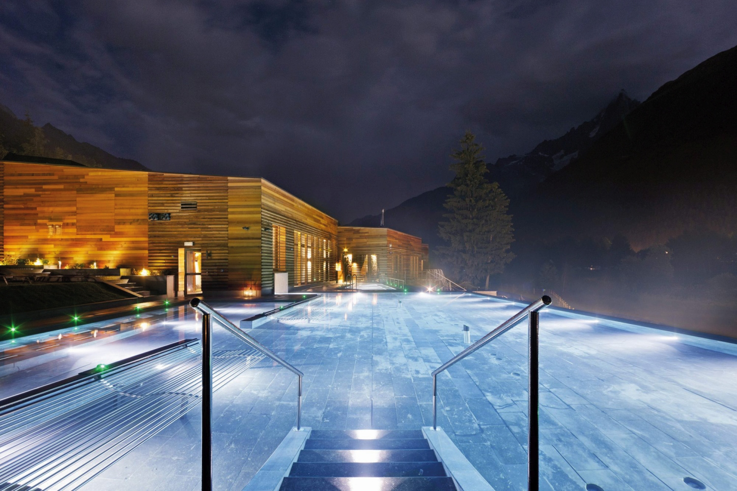 QC_Terme_Spa_Chamonix_France.jpg