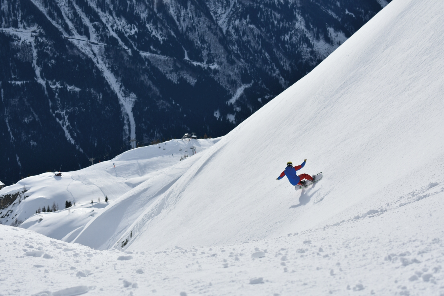 Snowboarding_Chamonix_France_CREDIT_Mike_Walker.JPG