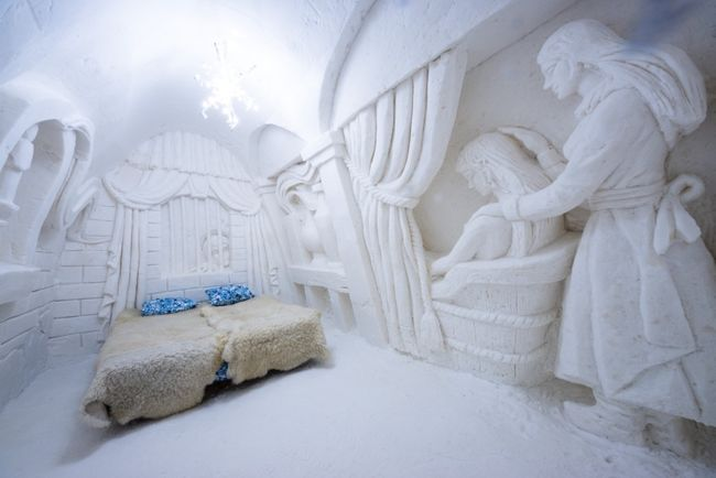 Go for something a bit different and stay in a hotel made of snow in Lapland © Timo Laapotti_Kemi Tourism.jpg