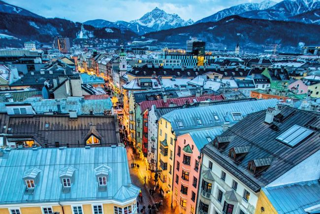 Innsbruck at night.jpg