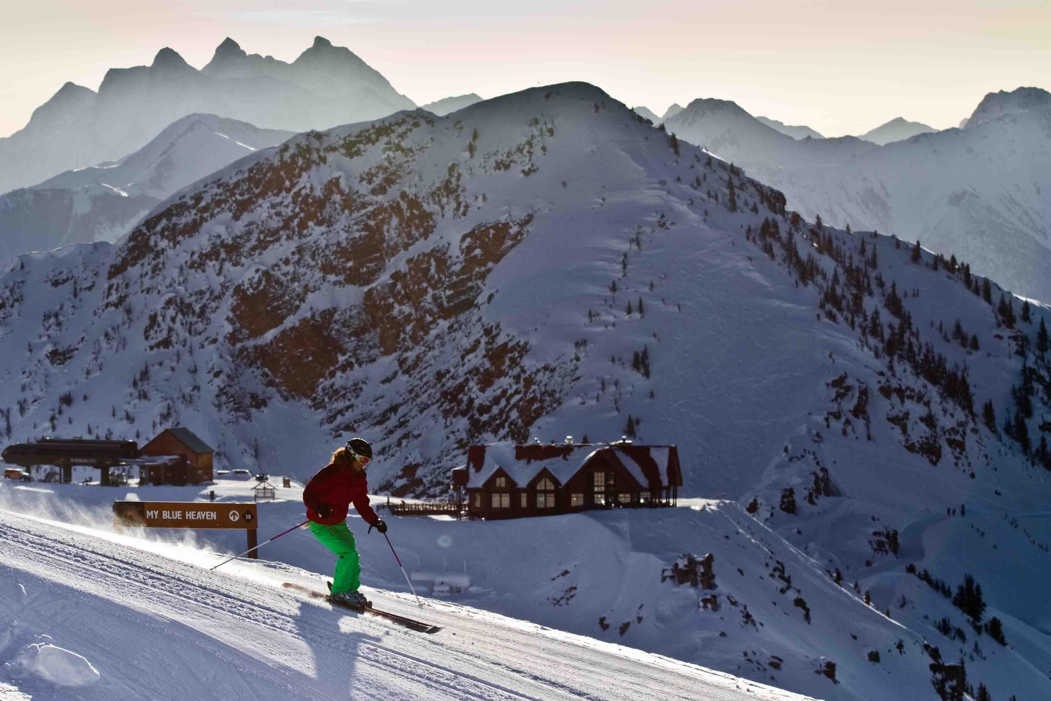 kicking_horse_skier_piste_credit_kicking_horse_resort.jpg